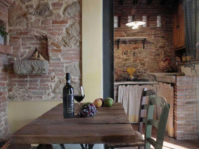 farmhouse in tuscany pisa